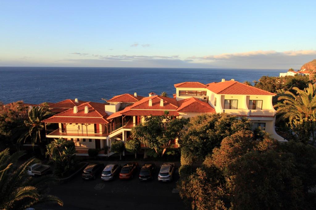 Blick aus unserem Hotelzimmer auf den Atlantik