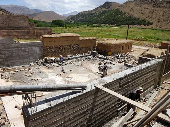 Die Bauarbeiten für das College in Marokko haben bereits begonnen. Wir wollen unbedingt doie noch fehlenden EUR 40.000.- für die Fertigstellung bis Sommer 2016 zusammenbringen. Bitte unterstützt uns dabei!