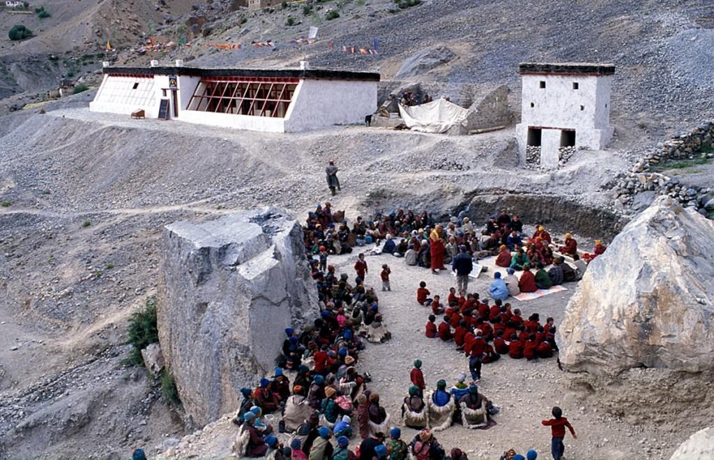 Die Solarschule von Lingshed bei der Einweihung im Herbst 2000.