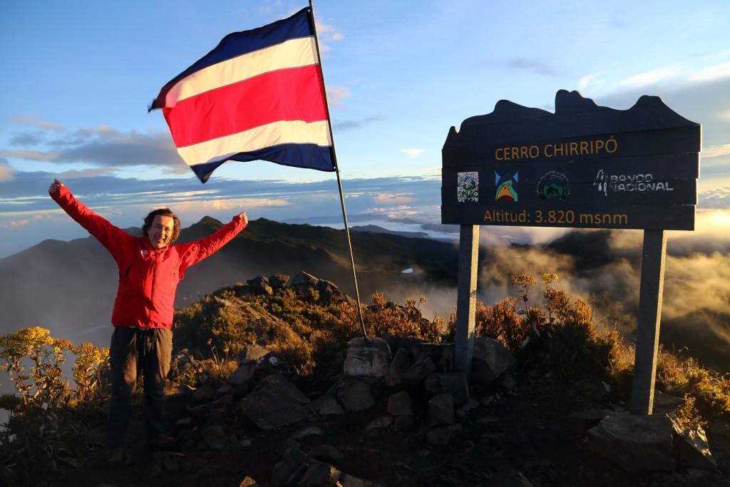 Um 5 Uhr früh – nach insgesamt 2500 hm Anstieg – mit Armin am Gipfel des 3820m hohen Chirripo, dem höchsten Berg von Costa Rica!
