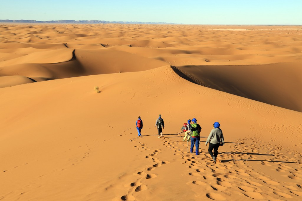 ...und ganz besonders zauberhaft ist das wandern in den schier unendlichen Weiten der Dünenlandschften im Süden von Marokko